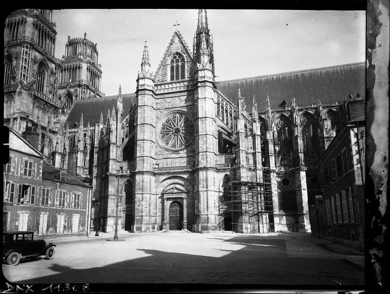 Façade sud : transept