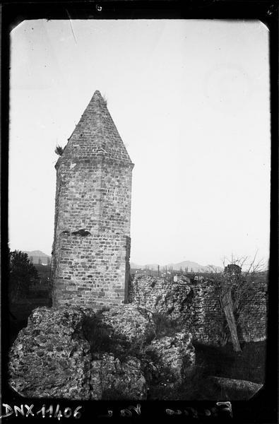 Ancien phare ou amer, dit «lanterne d'Auguste»