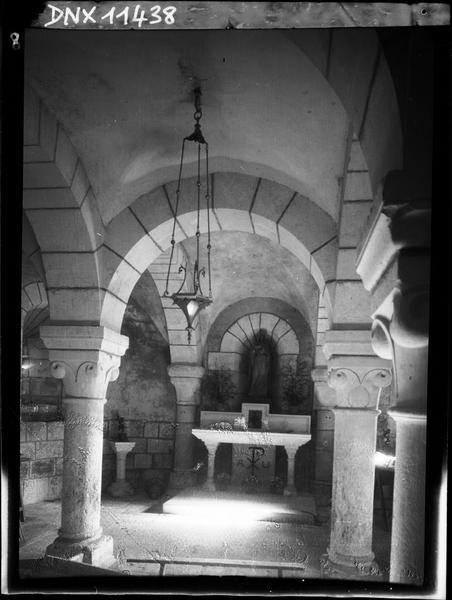 Crypte : autel