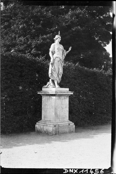 Parterre d'Eau, fontaine du Point du Jour : statue du point du jour