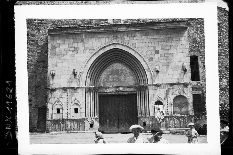 Façade : portail