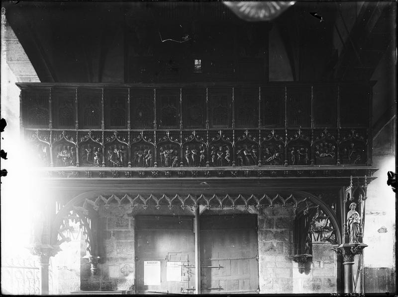 Tribune d'orgue : scènes de la Passion
