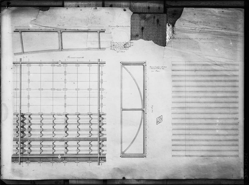 Plan et coupe : détail de la couverture en zinc et des châssis qui la reçoivent