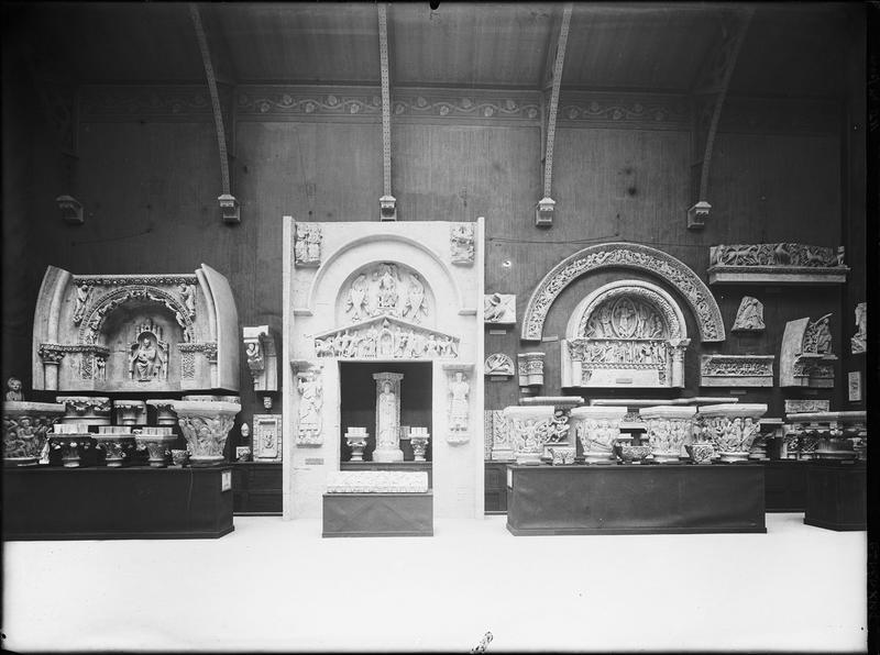 Moulages : portail latéral sud, chapiteaux