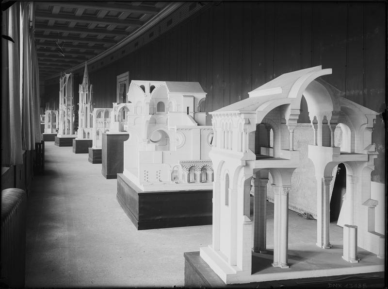 Maquettes d'architecture : travées de la nef