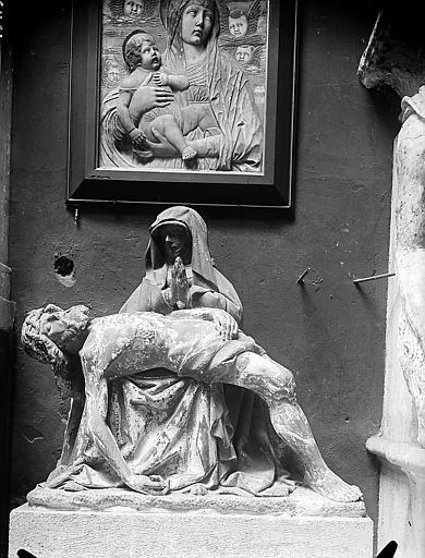 Pietà provenant des Célestins (supposé)  ;  Tableau: Vierge à l'Enfant