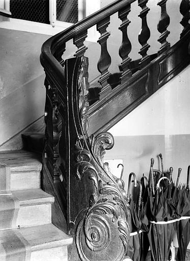 Rampe de l'escalier: départ