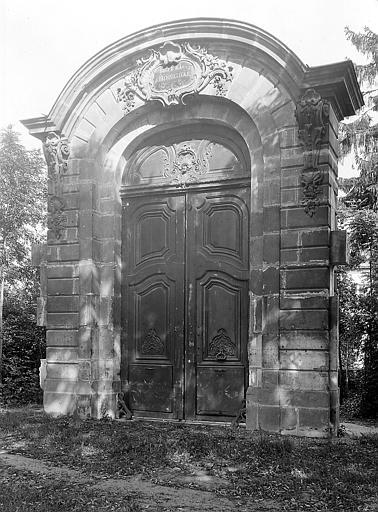 Porte isolée