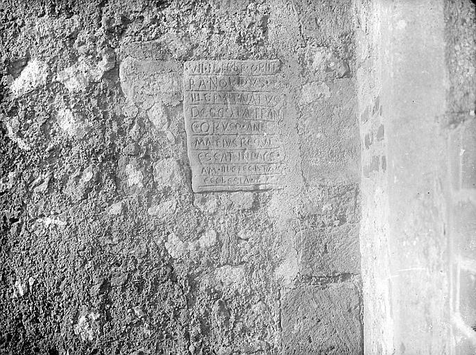 Inscription murale