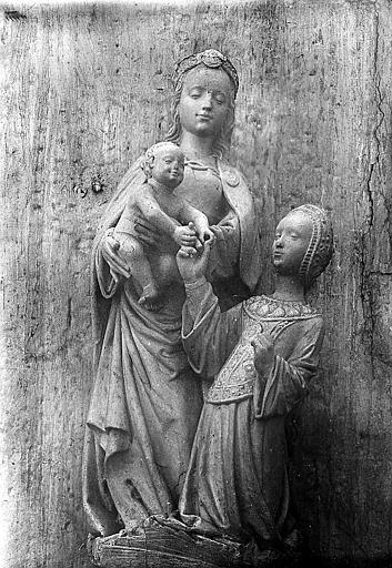 Groupe sculpté en bois: le mariage mystique de sainte Catherine