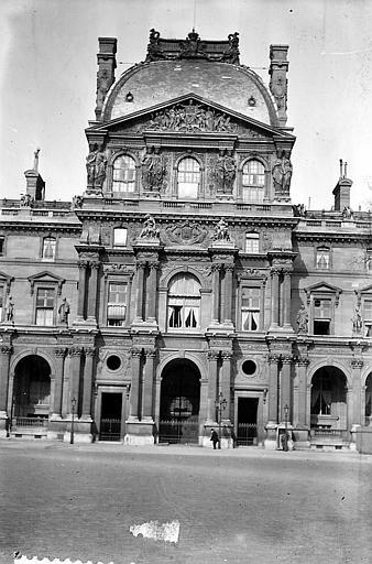 Pavillon Henri II: vue axiale