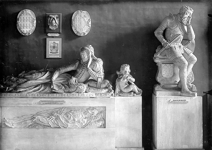 Tombeau de Valentine Balbiani  ;  Tombeau de Charles de Maigny