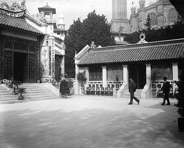 Pavillon de l'Indochine ; Jardins du Trocadéro