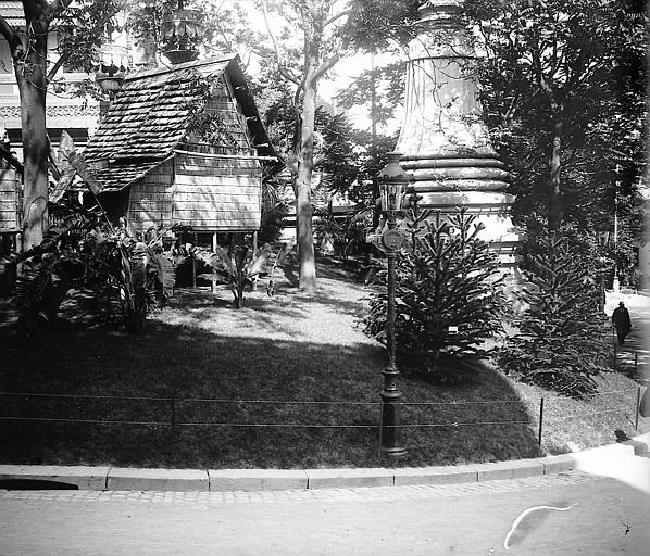 Jardin au premier plan