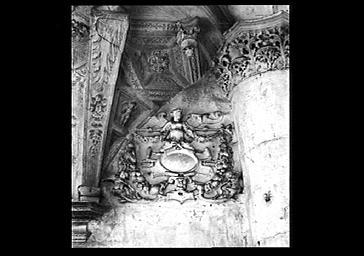 Tribune d'orgues, détail de sculptures
