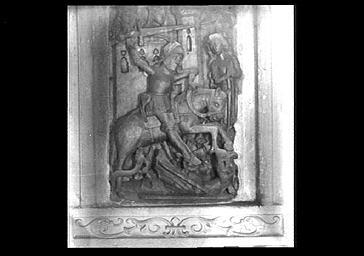 2 hauts-reliefs : la Trinité, Saint Georges terrassant le dragon