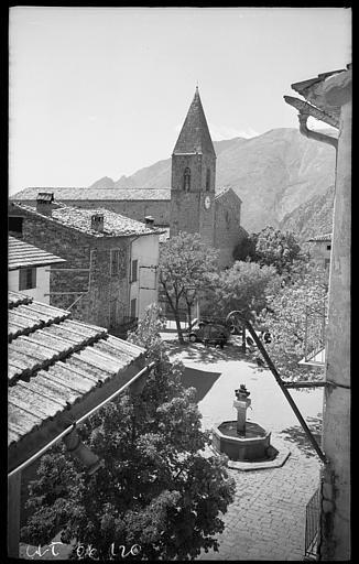 L'église et le mont Vial