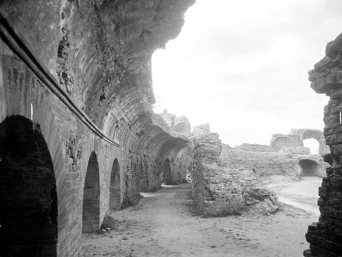 Aqueduc antique (restes de l')