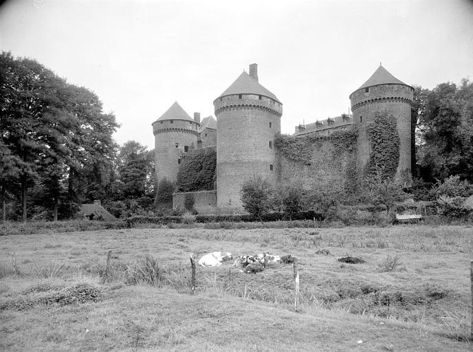 Tour ouest de l'enceinte principale