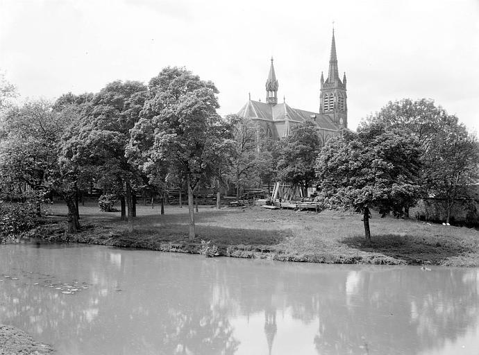 Basilique Saint-Pierre-Fourier