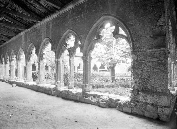 Galerie sud du cloître