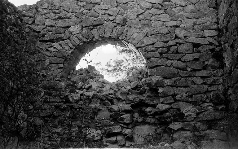 Mur intérieur : arc en plein cintre