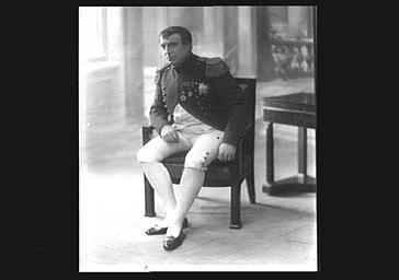 Henri Albers, au Théâtre lyrique dans le rôle d'un empereur