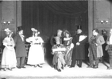 Le mime Deburau et sa troupe au Théâtre Sarah Bernhardt
