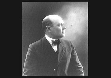 Armand Ménard dit Dranem, chanteur de café-concert, de profil