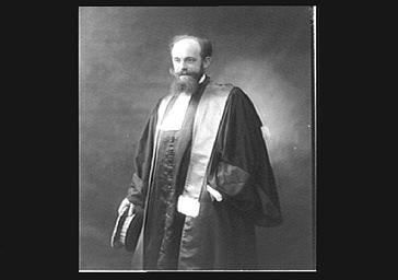 Docteur Lequeux en magistrat