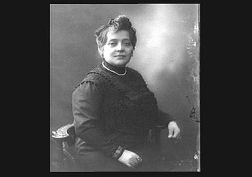 Mme Poilpot, présidente de l'Orphelinat des Arts