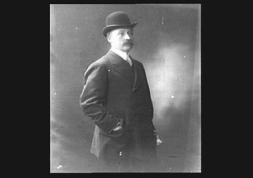 Comte de la Vaulx à l'Académie des Sports