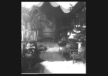 Vue intérieure de l'hôtel de Sarah Bernhardt
