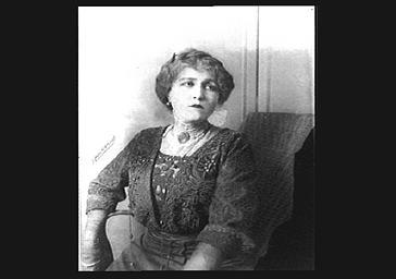 Actrice au Théâtre Sarah-Bernhardt