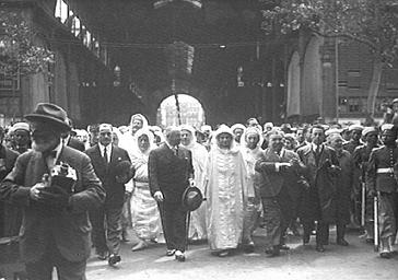 Visite du sultan du Maroc aux Halles