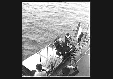 Cérémonie officielle sur un navire