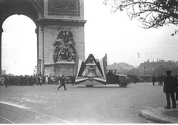 Inauguration de la Cloche de Douaumont