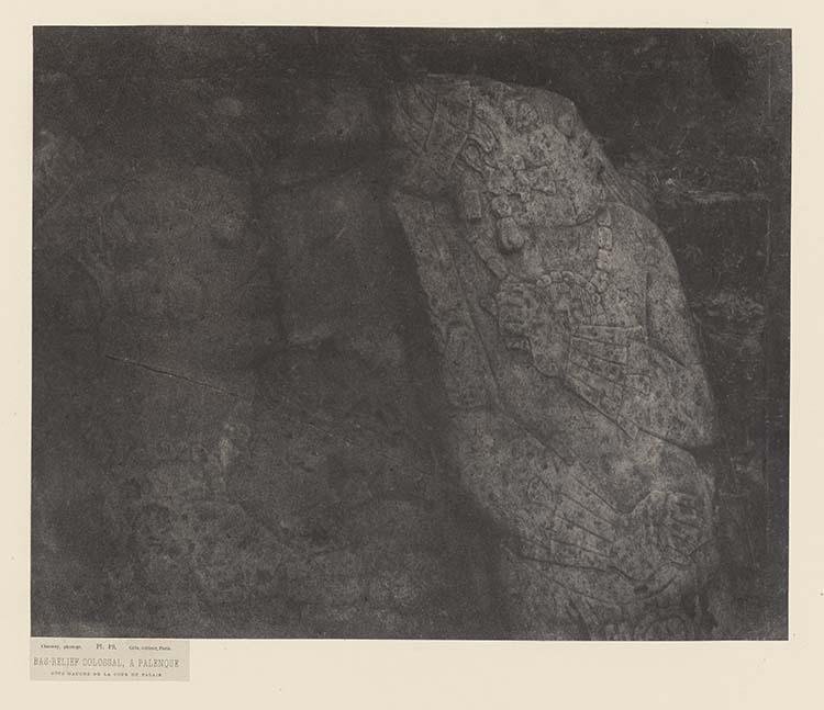 Bas-relief colossal, à Palenque. Côté gauche de la cour du palais