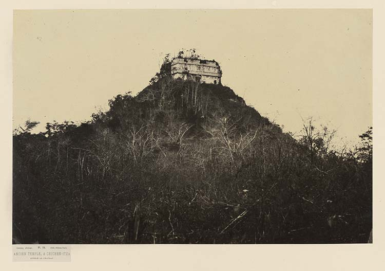 Ancien temple, à Chichen-Itza appelé le château