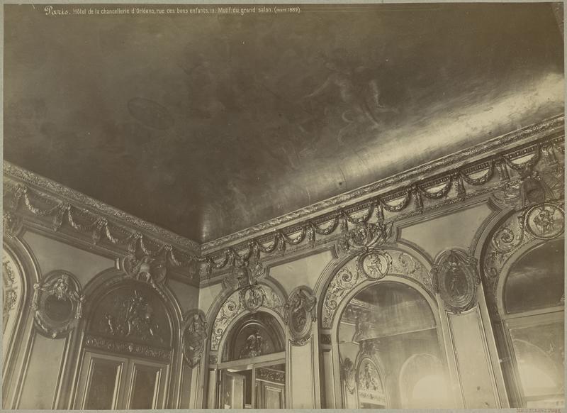 Lambris et plafond du grand salon