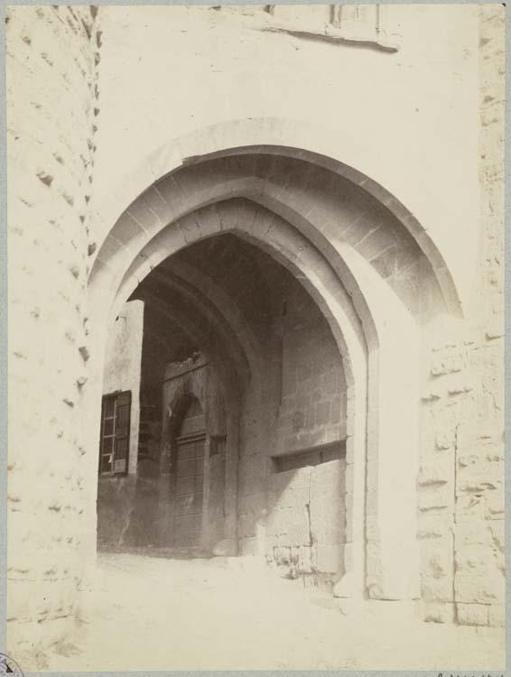 Porte Narbonnaise, passage voûté