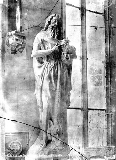 Chapelle, intérieur : statue de saint Jean-Baptiste