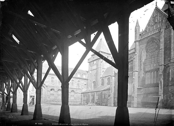 Eglise et ancien évêché pris des halles