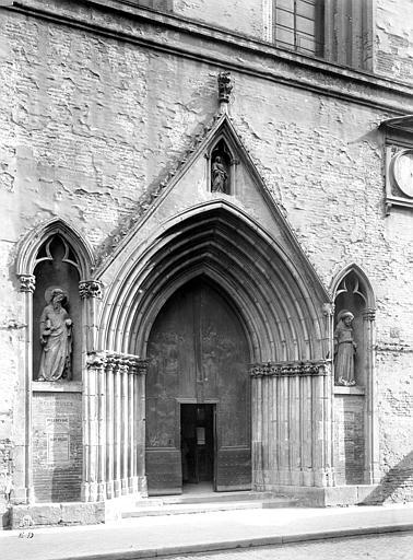 Eglise Notre-Dame-du-Taur