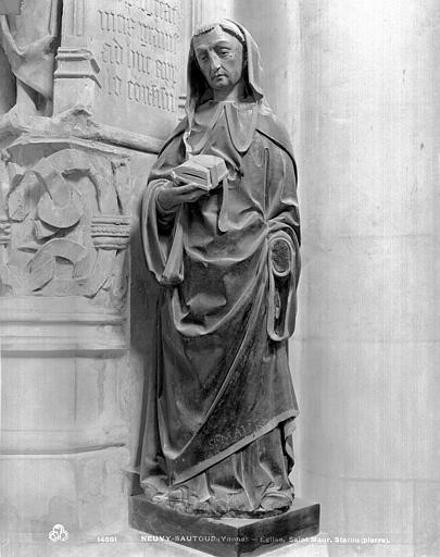 Statue en pierre peinte : Saint Maur