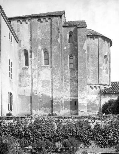 Chapelle : abside, côté sud