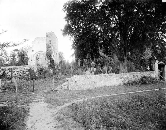 Vue prise du cimetière