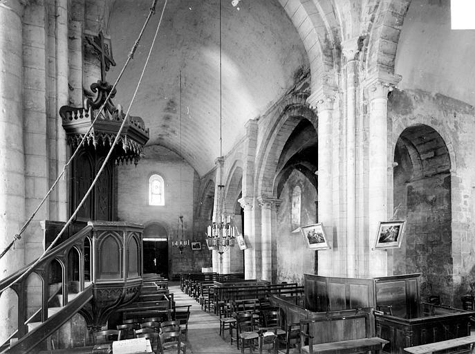 Vue intérieure de la nef, vers le nord-ouest