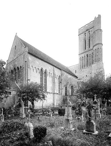 Angle nord-est : Clocher et abside