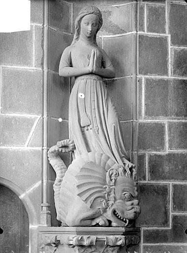 2 statues (grandeur nature) : Sainte Catherine, Sainte Marguerite